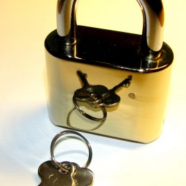 Combination Padlock – Brass finish (Coded 4 digit)